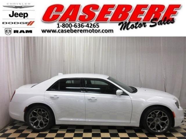 Photo Used 2016 Chrysler 300 S