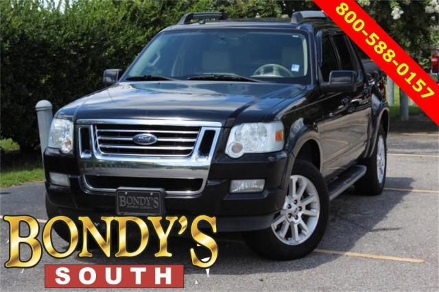 Photo Used 2007 Ford Explorer Sport Trac Limited