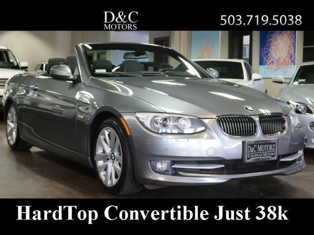 Photo Used 2013 BMW 328 i