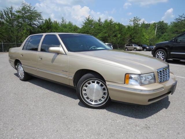 Photo 1998 Cadillac Deville