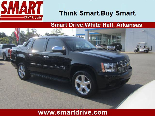 Photo Used 2013 Chevrolet Avalanche LS