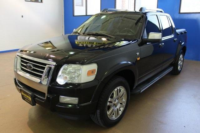 Photo Used 2008 Ford Explorer Sport Trac Limited