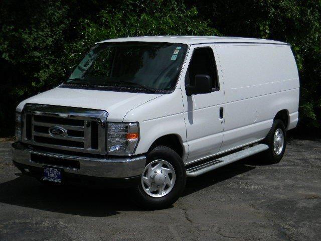 Photo Used 2014 Ford E250 Cargo