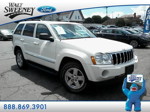 Photo Used 2005 Jeep Grand Cherokee Limited