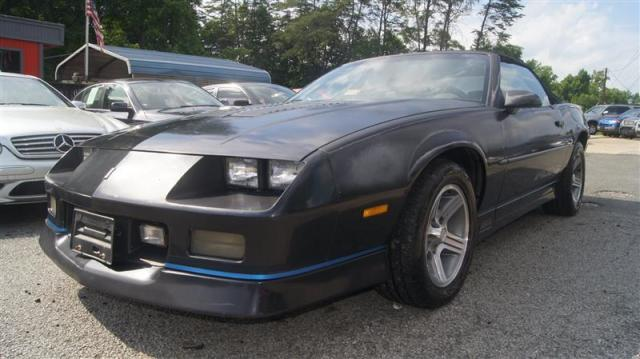Photo Used 1988 Chevrolet Camaro IROC-Z