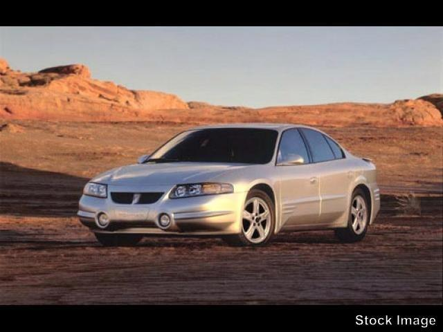 Photo Used 2002 Pontiac Bonneville SLE