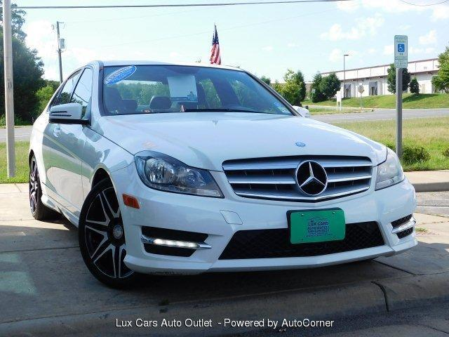 Photo Used 2013 Mercedes-Benz C300 4MATIC Sport