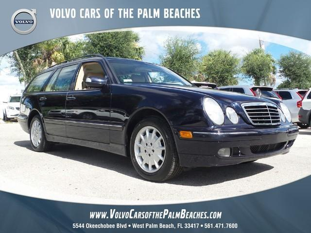 Photo Used 2002 Mercedes-Benz E320