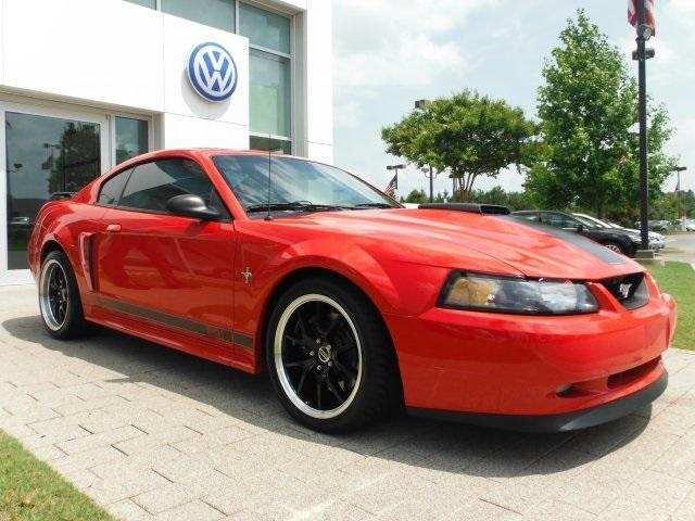 Photo Used 2003 Ford Mustang Mach 1