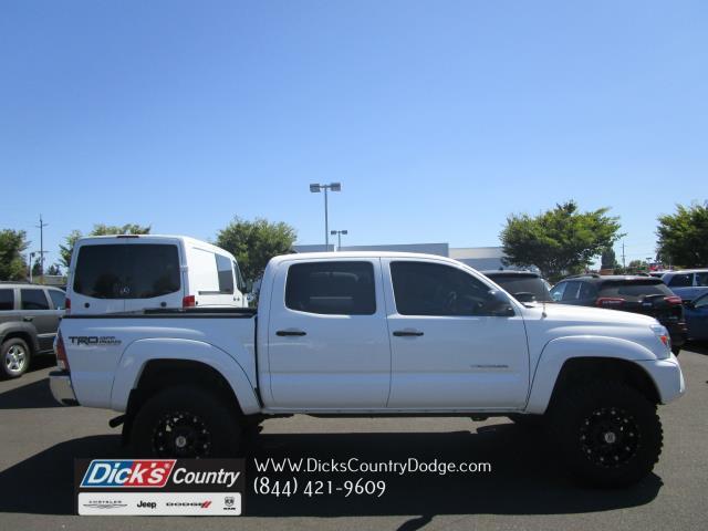 Photo 2012 Toyota Tacoma TRD Off-Road