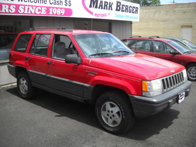 Photo Used 1995 Jeep Grand Cherokee SE