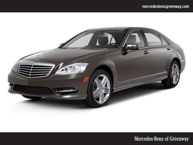 Photo Used 2013 Mercedes-Benz S550 4MATIC