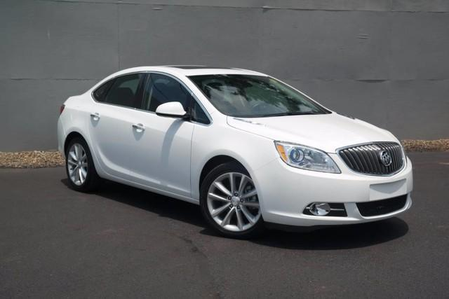 Photo Used 2015 Buick Verano Leather Group