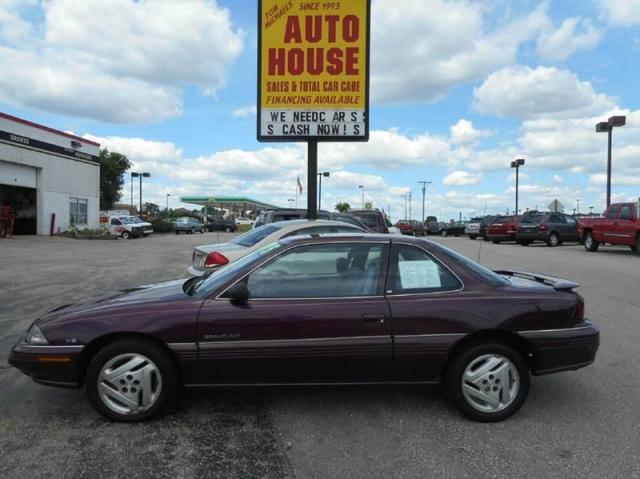 Photo Used 1995 Pontiac Grand Am SE