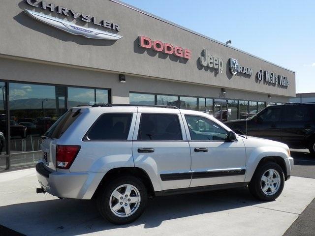 Photo Used 2006 Jeep Grand Cherokee Laredo