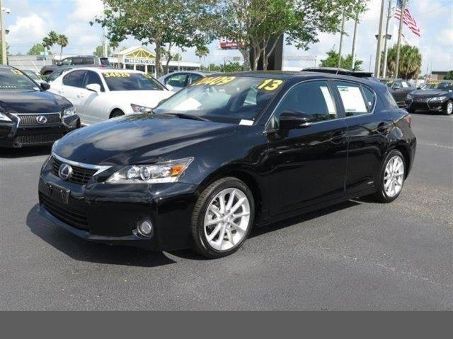 Photo Used 2013 Lexus CT 200h Hybrid