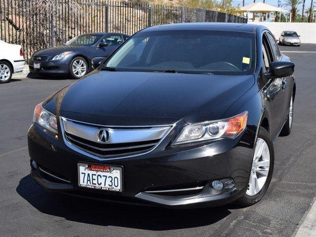 Photo Used 2013 Acura ILX Hybrid 1.5L