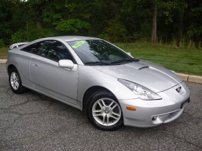 Photo 2002 Toyota Celica GT New Battery, New Catalytic Converter, New Tires