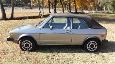 Photo 1987 Volkswagen Cabriolet Convertible