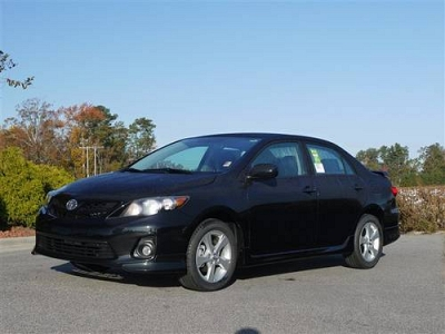 Photo 2011 Toyota Corolla 4dr Car S with Power Windows amp Cr