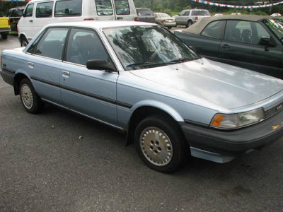 Photo 1990 Toyota Camry - Blue - Auto - 154K