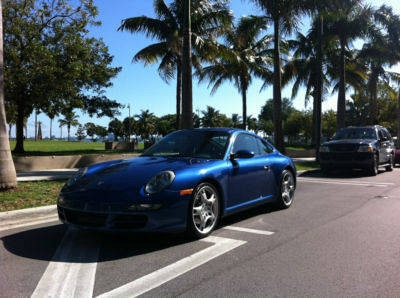 Photo Cobalt Blue  porsche 997 S, loaded priced to sell