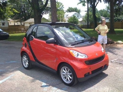 Photo 2009 RED SMART CAR PASSION WITH ONLY 5,500 MILES  Hardly Ever Used
