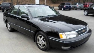 Photo 1998 Toyota Avalon 4dr Car XLS
