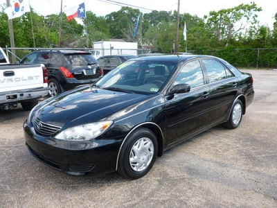 Photo 2006 TOYOTA CAMRY LE - MUST SEE THIS ONE - Nice Color
