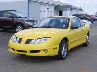 Photo 2004 Pontiac Sunfire 2dr Car