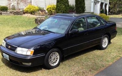 Photo 1998 Toyota Avalon XLS V6 - Black - Auto 234K Mi