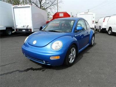 Photo 1999 Volkswagen New Beetle 2dr Car GLS