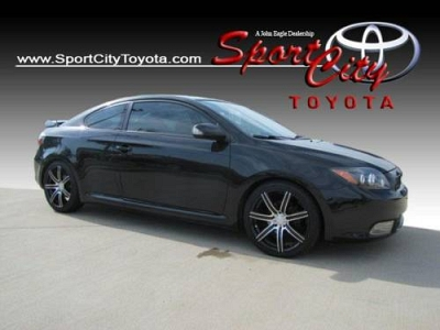 Photo 2009 Scion tC 2dr Car 2dr HB Auto GS
