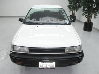 Photo 1989 Toyota Corolla 4 Dr Sedan Deluxe