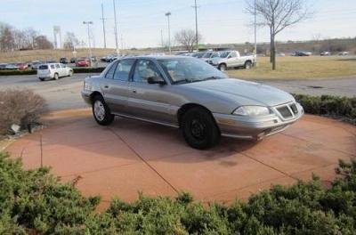 Photo 1994 Pontiac Grand Am 4D Sedan SE