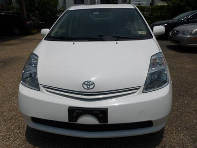 Photo 2005 TOYOTA PRIUS.- The Most Fuel Efficient and Earth-Friendly Sedn
