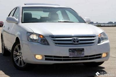 Photo 2006 Toyota Avalon Limited White Heated and Cooled Seats Sunroof