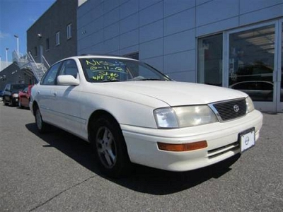 Photo 1996 Toyota Avalon Sedan XL Sedan