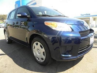 Photo 2010 Scion xD 4D Hatchback Base