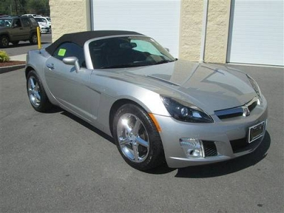 Photo 2008 Saturn Sky Convertible Red Line