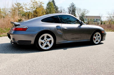 Photo 01 Porsche 996 TURBO ONLY 27k mi. PERFECTIONOriginal Paint 6 Spd