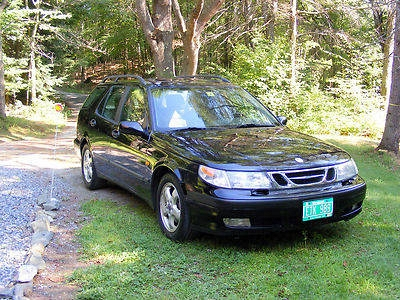 Photo 2000 Saab 9-5 Gary Fisher Edition Wagon