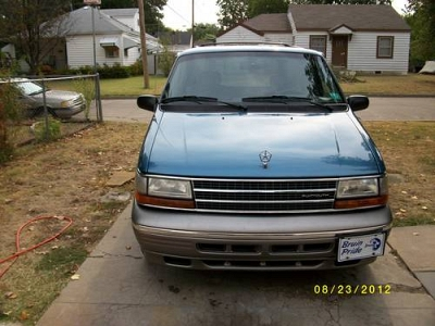 Photo 94 Grand Voyager LE 59K MILES LOADED