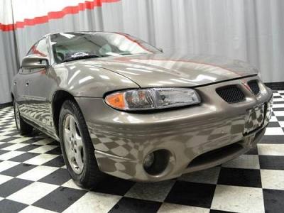 Photo 2001 Pontiac Grand Prix 4dr Car 4dr Sdn SE