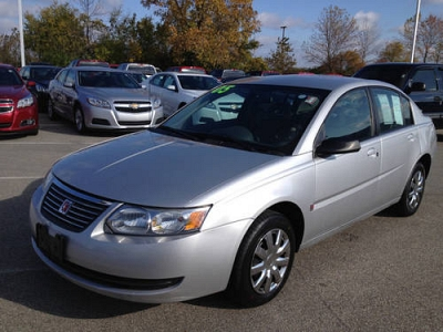 Photo 2005 Saturn Ion 2 sdn auto cloth Sedan