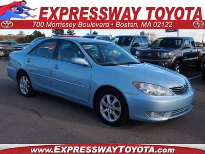 Photo 2006 Toyota Camry 4 Dr Sedan XLE