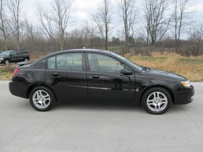 Photo 2004 Saturn Ion  ION 3 4dr Sdn Auto