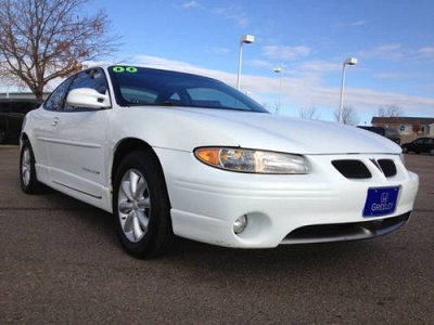 Photo 2000 Pontiac Grand Prix 2dr Car GT