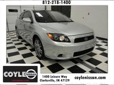 Photo 2009 Scion tC 2dr Car 2dr HB Auto SE
