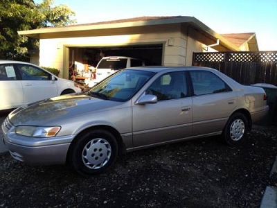 Photo 1999 TOYOTA CAMRY LE AUTO 4 CLYER,ALLL POWER,CLEAN TITLE SMOGGED1OWN